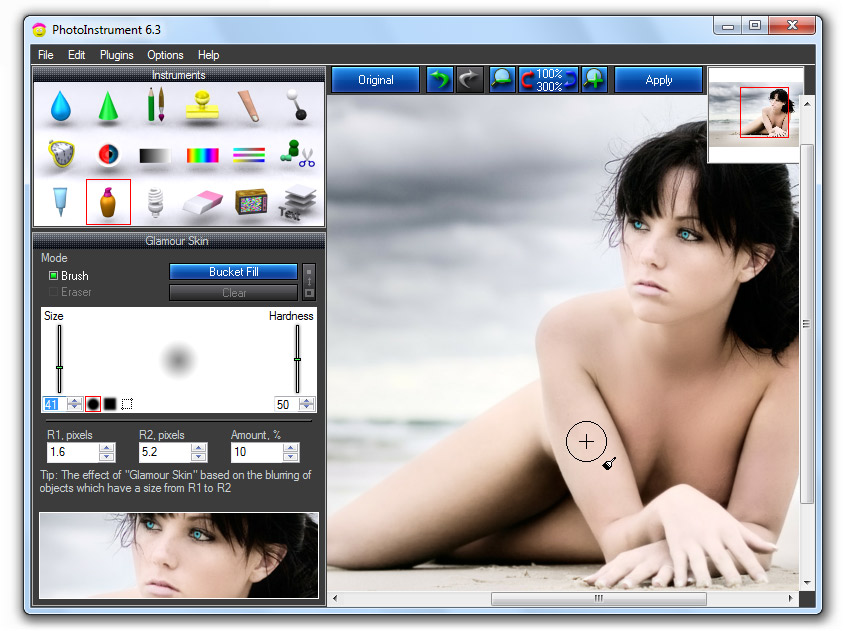 PhotoInstrument is raster graphics editor.